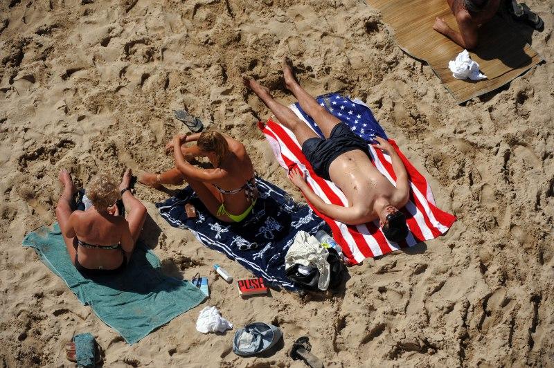 Υγειονομικές αρχές ΗΠΑ: Μην ταξιδεύετε στην Ελλάδα…
