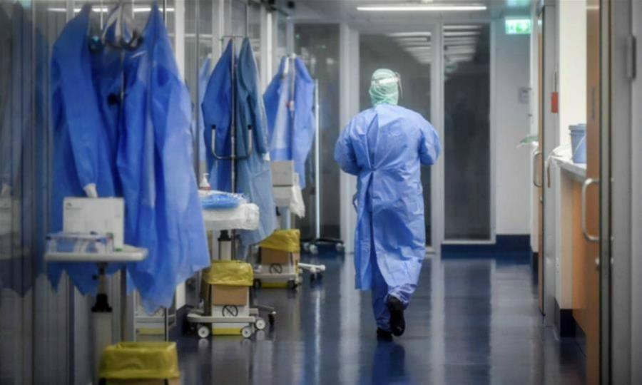 Κορονοϊός: 835 νέα κρούσματα, 343 διασωληνωμένοι και 22 θάνατοι