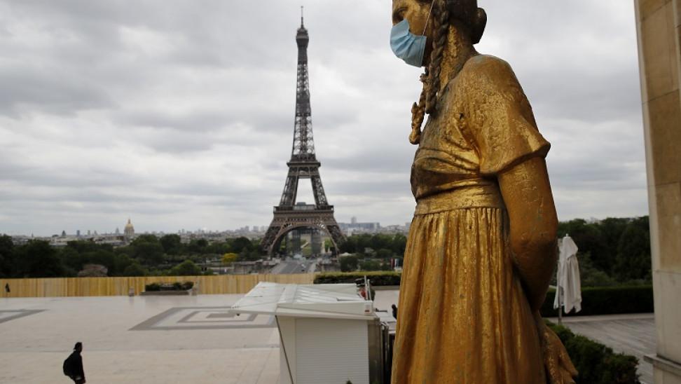 AUKUS: Το Παρίσι «βρυχάται» και ανακαλεί τους πρέσβεις από ΗΠΑ και Αυστραλία