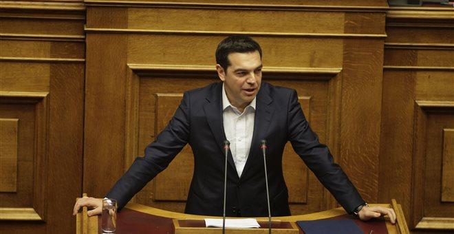 Στον Κυρ. Μητσοτάκη απέδωσε την πολιτική ευθύνη για την υπόθεση «Λιγνάδη-Μενδώνη» ο Αλ. Τσίπρας