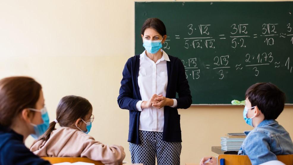 Eurostat: 8,7 μαθητές ανά δάσκαλο στην Ελλάδα το 2019!