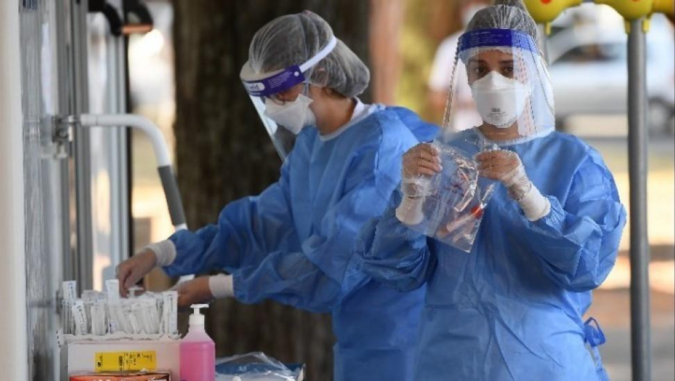 Κορονοϊός: 591 κρούσματα, 360 διασωληνωμένοι, 21 θάνατοι