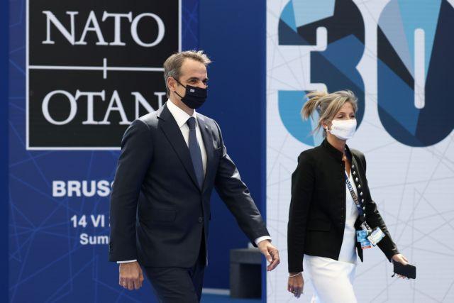 Μητσοτάκης στο ΝΑΤΟ: «Δεν πρέπει να παίζουμε πολιτικά παιχνίδια επιδιώκοντας προσωπικά συμφέροντα»