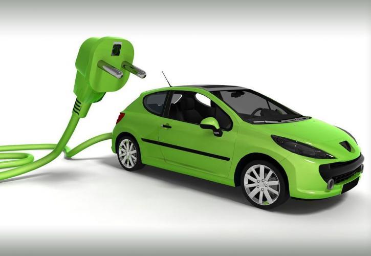 Κομισιόν: Αυτοκίνητα με μηδέν εκπομπές ρύπων το 2035 - 14 χρόνια ζωή ακόμη τα ντιζελοκίνητα